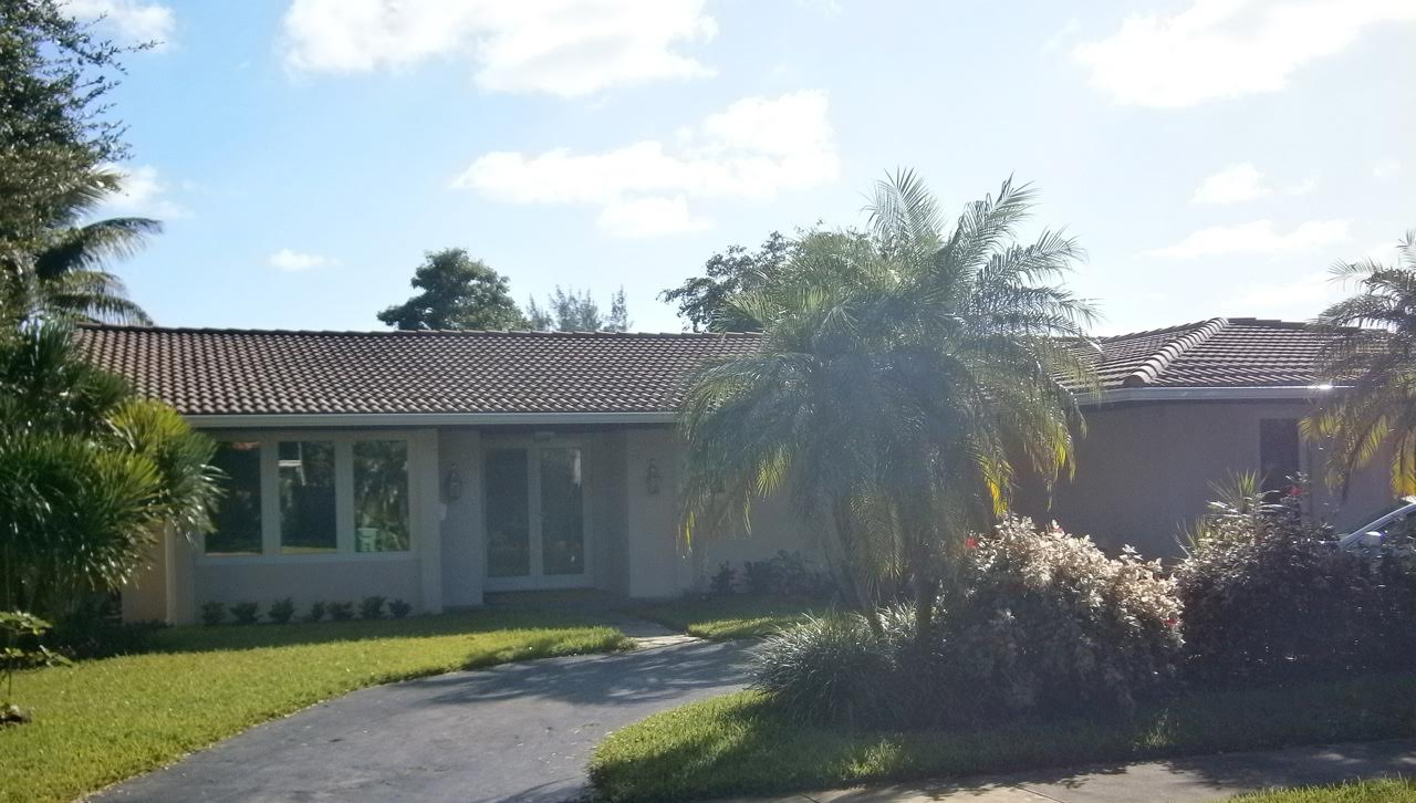 Boca Raton, FL hurricane impact resistant windows and doors