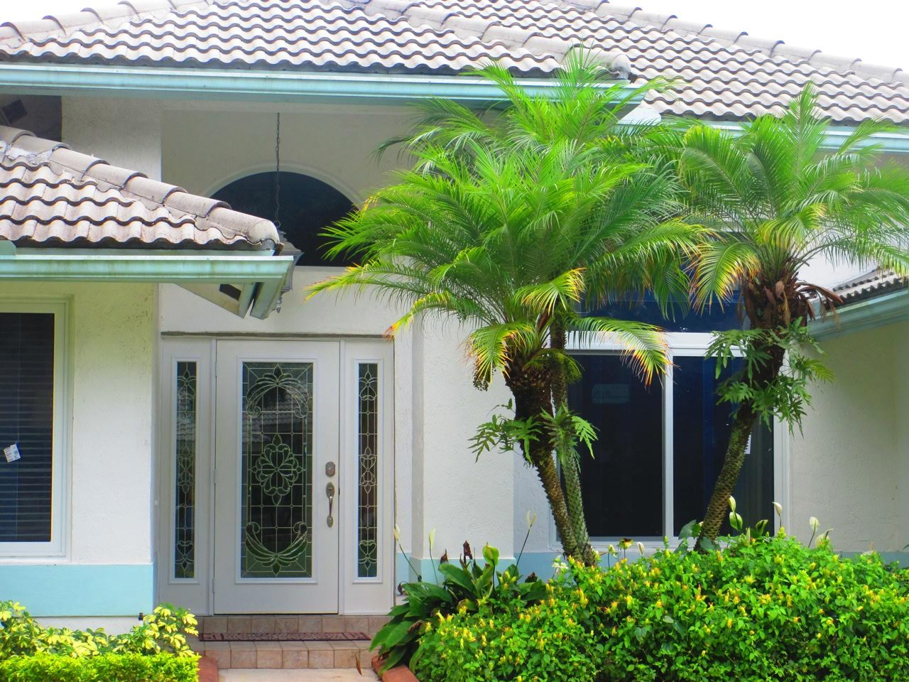 Delray Beach, FL hurricane impact resistant windows and doors.