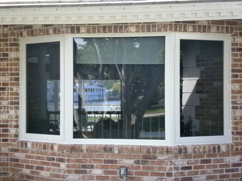 Picture Window with Push Out Casement Windows at Both Side